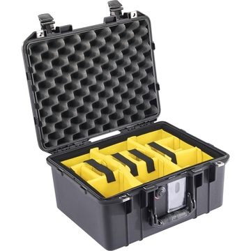 Pelican 1507WD Air Case with Padded Dividers (Black)