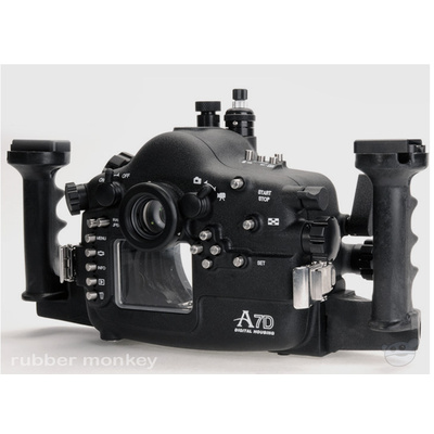 Aquatica Canon 7D Underwater Housing with Nikonos Connector and OF Port