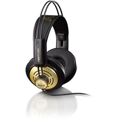 AKG Professional Studio Headphones K121