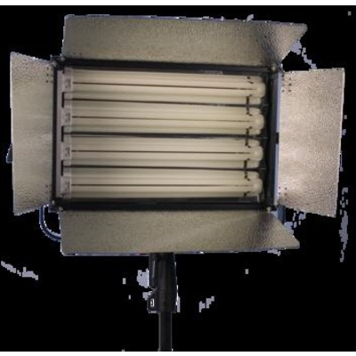 ikan Single Line 4 Tube Fluorescent Fixture with DMX Dimming Control - 220 Total Watts (120V AC)