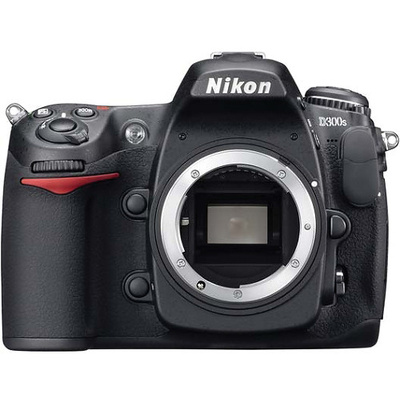 Nikon D300s Body and Lexar CF4GB