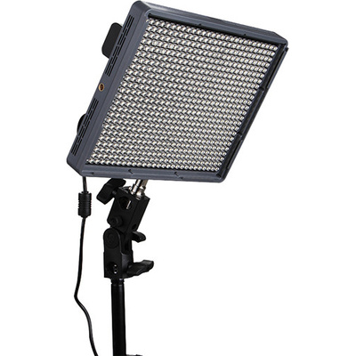 Aputure Amaran HR672C Bi-Colour LED Flood Light