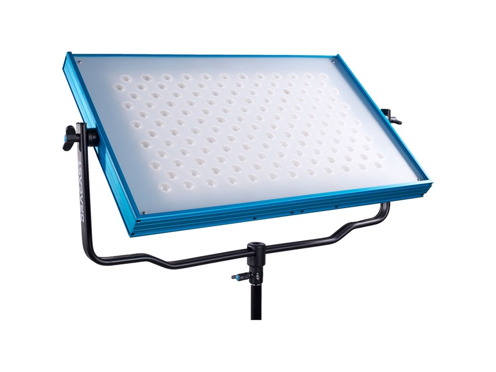 Darcast Surface Series Daylight LED1400 with V-Mount Battery Plate