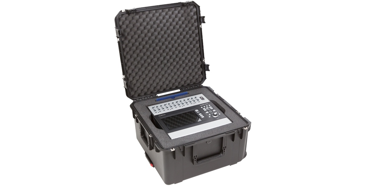SKB 3i2222-12QSC 3i2222-12QSC iSeries QSC Mixer Case