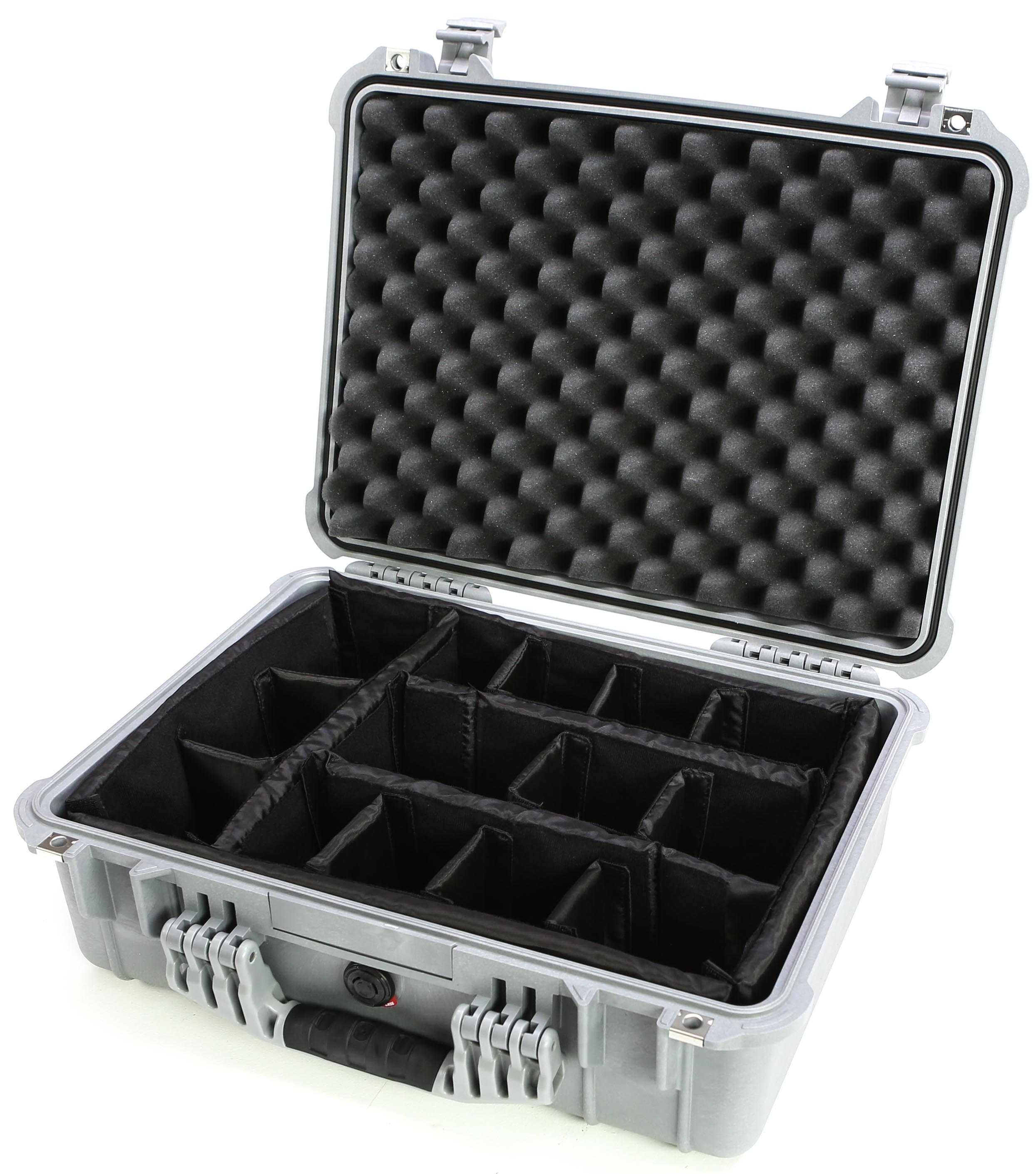 Pelican 1524 Case with Padded Dividers (Silver)
