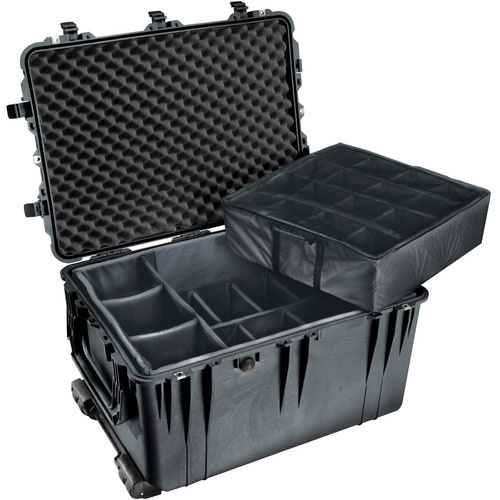 Pelican 1664 Case with Padded Divider Set (Black)