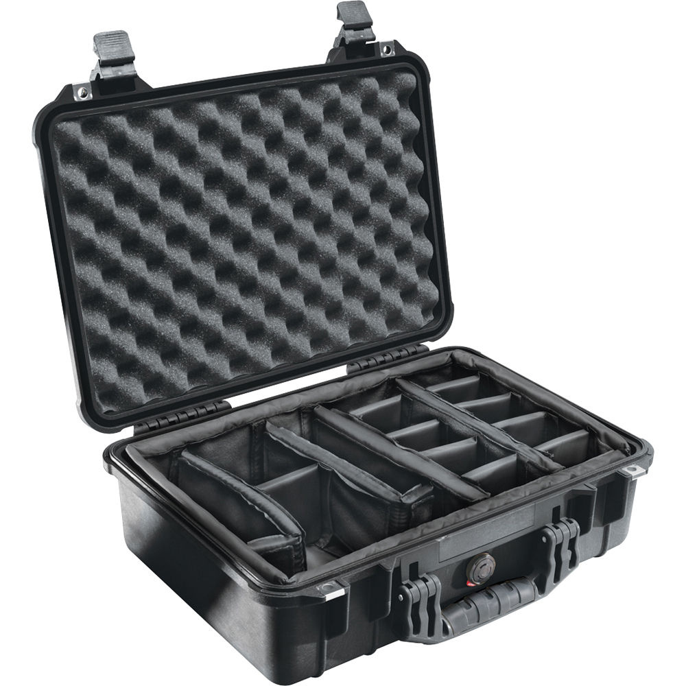 Pelican 1504 Case with Dividers (Black)