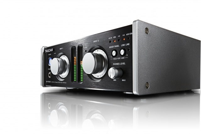 tascam uh 7000 hdia mic preamp usb audio interface nz. Black Bedroom Furniture Sets. Home Design Ideas