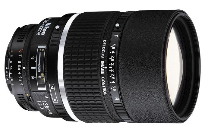 Nikon Telephoto AF DC 135mm f2.0D Lens